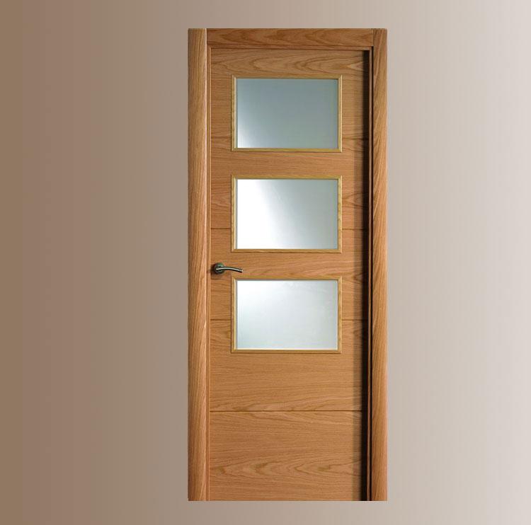 Puertas vega for Puertas de madera blancas con vidrio